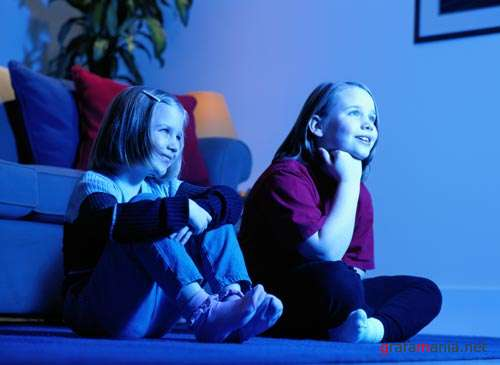 the influence of game violence in teenage negative behaviors