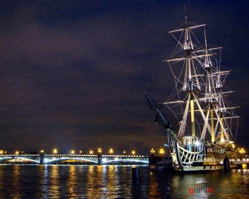 Ships Sailing Best Wallpapers