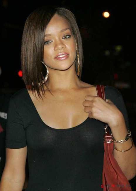 Sexy Rihanna Fenty Pictures